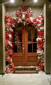 Simple, But, Beautiful, Front, Door, Christmas, Decoration, Ideas, 05