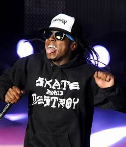Lil Wayne & His Socks Perform in Cali - theJasmineBRAND ...