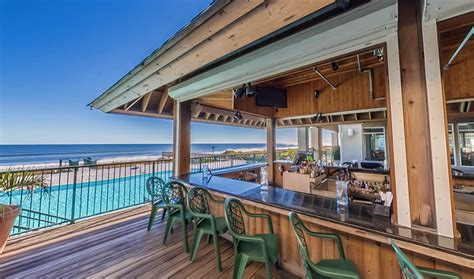 isles restaurant tiki bar ocean isle beach north carolina oceanislebeachcom
