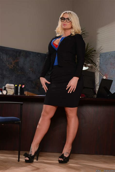 Sexy Secretary Is Having Some Dirty Ideas Photos Julie