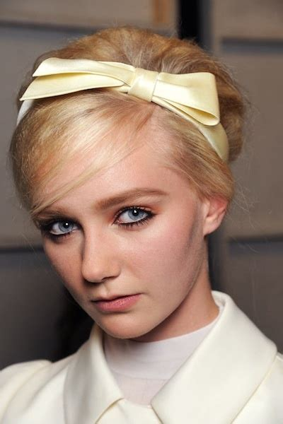 60s Headband Hairstyles by 133 Best 60 S Retro Images On Hairstyles Make