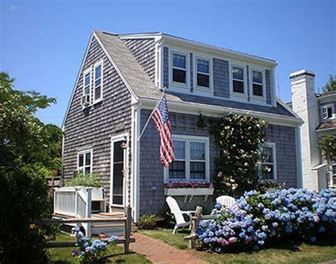 25+ Best Ideas About Nantucket Cottage On Pinterest