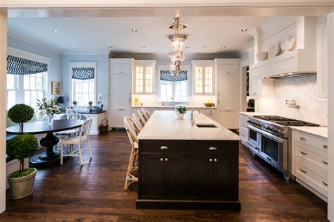 Kitchen With Both Peninsula And Island by When To Choose A Peninsula An Island In Your Kitchen