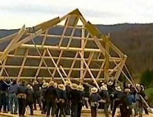 Amish Barn Raising by Amish Come To Rescue Of Town Flattened By Tornado