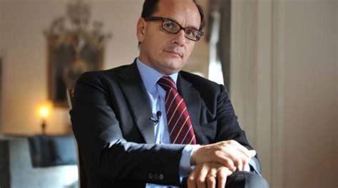 consolato australiano in italia italia argentina ambasciatore manzo visita il museo dell