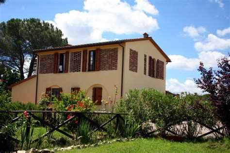 Le Docce by Agriturismo Le Docce Castelfiorentino Florence Tuscany