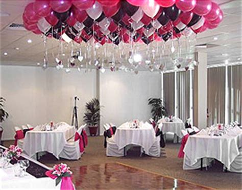 decoration mariage avec ballon le lot de 50 ballons nacr 233 s nos ballons et d 233 corations de salle