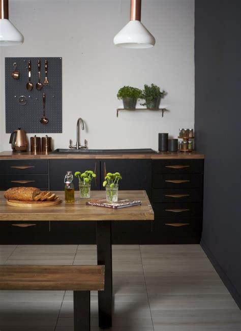 cuisine cuivre cuisine et bois un espace moderne et intrigant