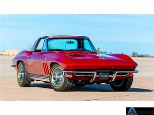 1965 Chevrolet Corvette Convertible 4