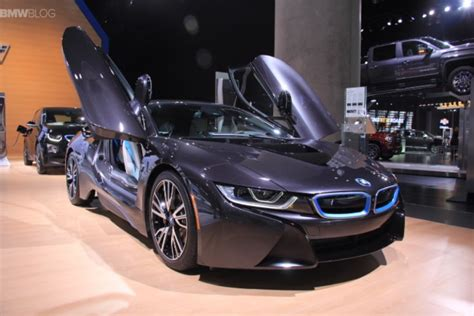 bmw i8 laser lights bmw i8 with laser lights for the u s debuts at 2015 la