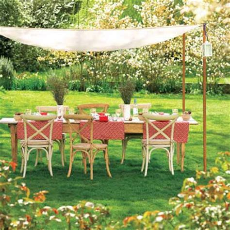 Diy Backyard Canopy by Diy Newlyweds Diy Home Decorating Ideas Projects