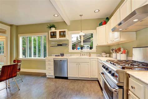 kitchen floor colors best ideas about linoleum kitchen floors on theflooringlady 1627
