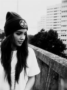 skater girl clothes . casual outfits for teens . beanie ...
