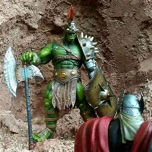 Disney and Marvel Exclusive - Planet Hulk Marvel Select ...