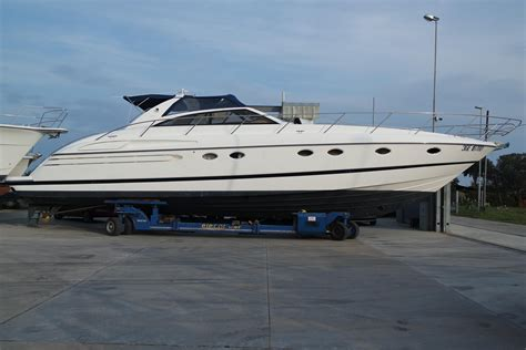 Boat Trailers For Sale Greece by 1998 Princess V55 Power Boat For Sale Www Yachtworld