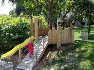 Pallet Playhouse for Kids Pallet Ideas: Recycled