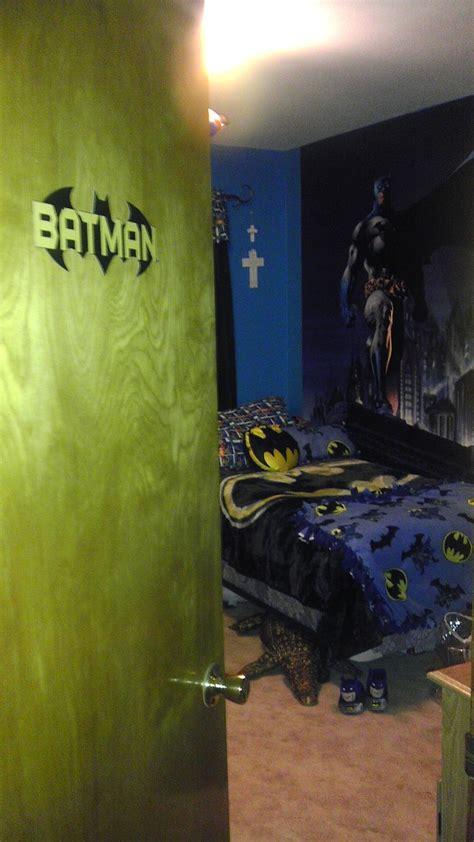images  jacksons batman room  pinterest city scapes batman bedroom