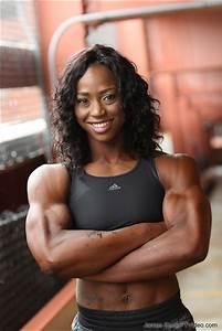 Ftvideo Com Female Bodybuilders Flexing  Video Clips