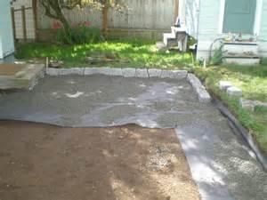 Back Yard Gravel Patio