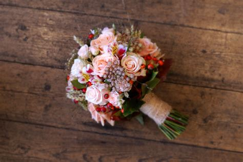 22 Incredible Autumn Wedding Bouquets Youll Love