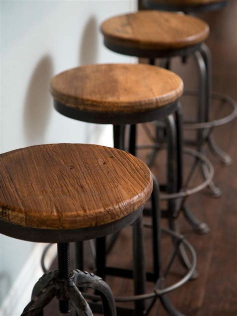 1000  ideas about Rustic Bar Stools on Pinterest   Rustic