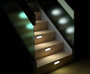 Stair lighting interior staircase home interiors for Interior stair lighting