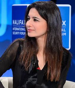Yalda Hakim - Wikipedia
