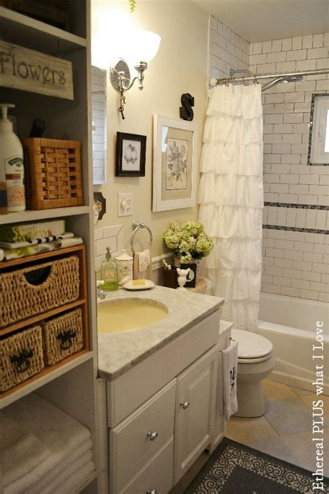 cottage bathrooms ideas 300 best images about bathroom ideas on