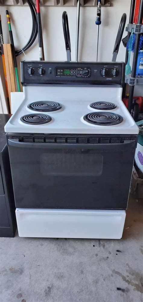 Café latte, peppermint mocha, made with oat [[ this is our current customer fav. Electric stove for Sale in Peoria, AZ - OfferUp