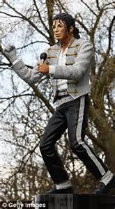 Craven Cottage Michael Jackson Michael Jackson Statue Scores An Own Goal For Mohammed Al