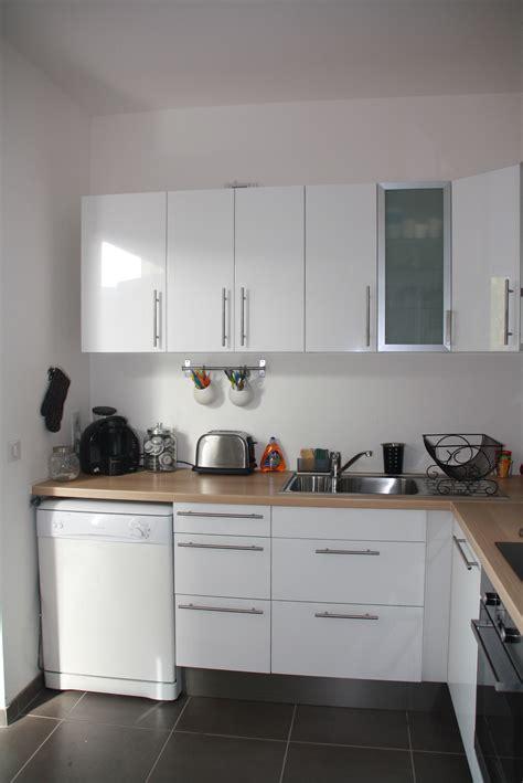 cuisine blanche bois et inox photo pictures