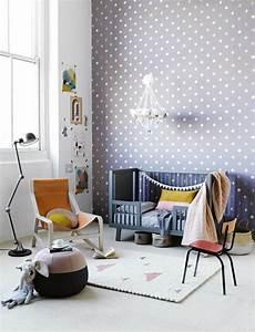 Sessel Für Kinderzimmer : tapete im kinderzimmer erschaffen sie ein paradies f r ihre kinder ~ Frokenaadalensverden.com Haus und Dekorationen