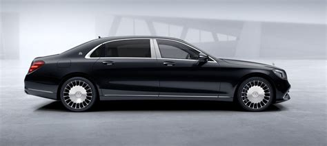It is available in 3 colors and automatic transmission option in the indonesia. Mercedes Benz S450 L 4M MAYBACH   Fugo Cars