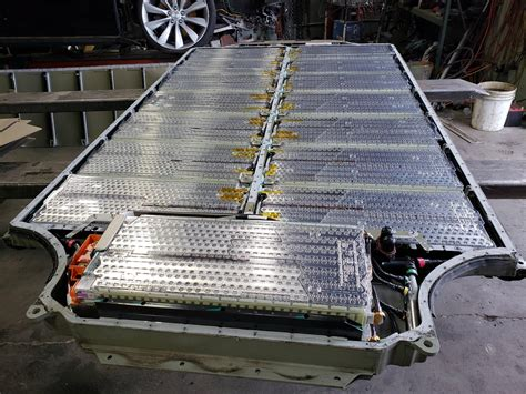 14+ How Long Does The Battery Last On A Tesla Car Pics