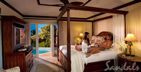 Top Five Most Romantic Honeymoon Suites with Private Pool