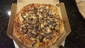 Triple mushroom with anchovies, disappointed at the amount ...