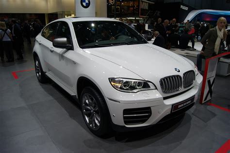 Bmw X6 How Many Seats by Geneva 2012 Bmw X6 M50d Front Seat Driver