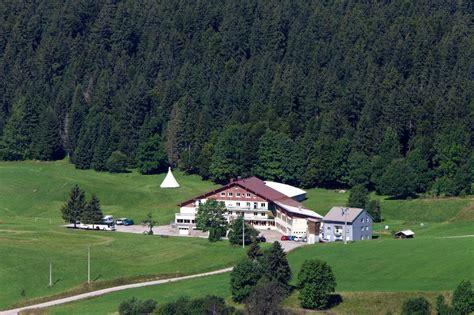 centre de vacances ecole des neiges 224 lamoura lamoura jura tourisme