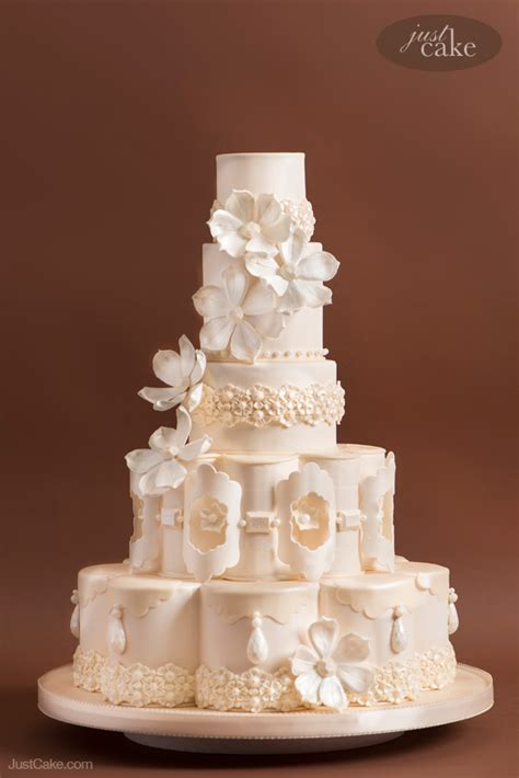 extraordinary custom wedding cakes  marina sousa