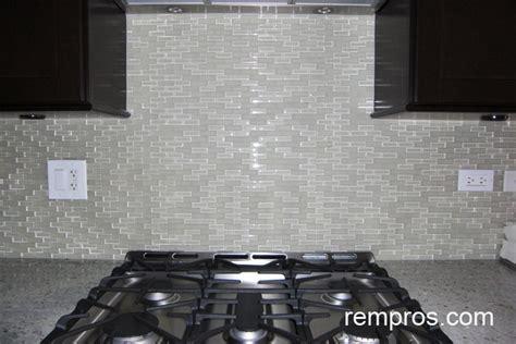 Breathtaking White Glass Mosaic Backsplash Tile Cabinets