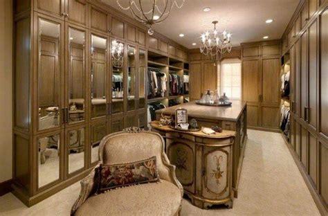 luxury walk  closets