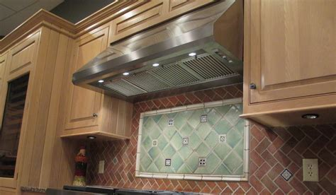 Maestrale 18   Faber Range Hoods US and Canada