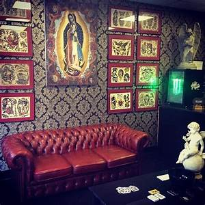 Tattoo Studio Offenburg : james ryan tattoo shop decor tattooshopdecor shop pinterest tattoo shop decor tattoos ~ Orissabook.com Haus und Dekorationen