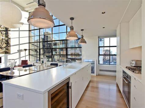cuisine yorkaise cuisine américaine avec ilôt central dans un loft à york
