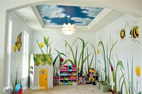Wandgestaltung Kinderzimmer Wiese by Diy Kinderzimmer Bunte Wiese F 252 R Kleine Schmetterlinge