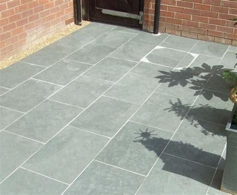 patio slabs ideas gardening flowers  gardening