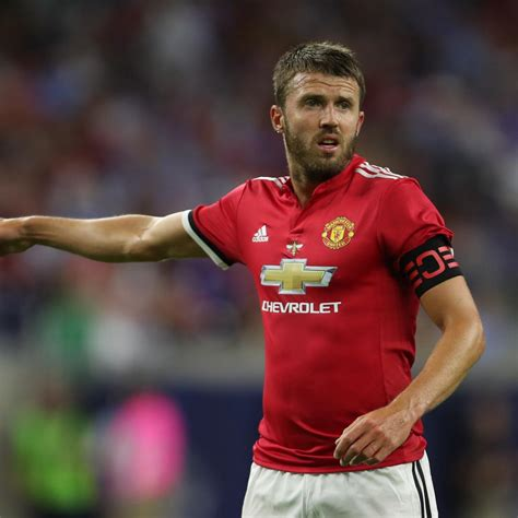 Michael Carrick to Retire After Season, Join Manchester ...