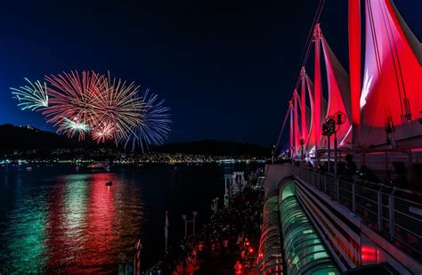 canada vancouver fireworks place events celebrations countdown count down bc celebrate festival display downtown nye ways guide metro entertainment end