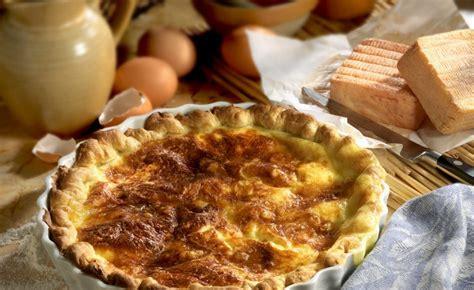 recette de tarte au maroilles avec sa p 226 te bris 233 e maison