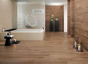 Salle De Bain En Bois : carrelage salle de bain imitation bois idaes 2017 et ~ Dailycaller-alerts.com Idées de Décoration